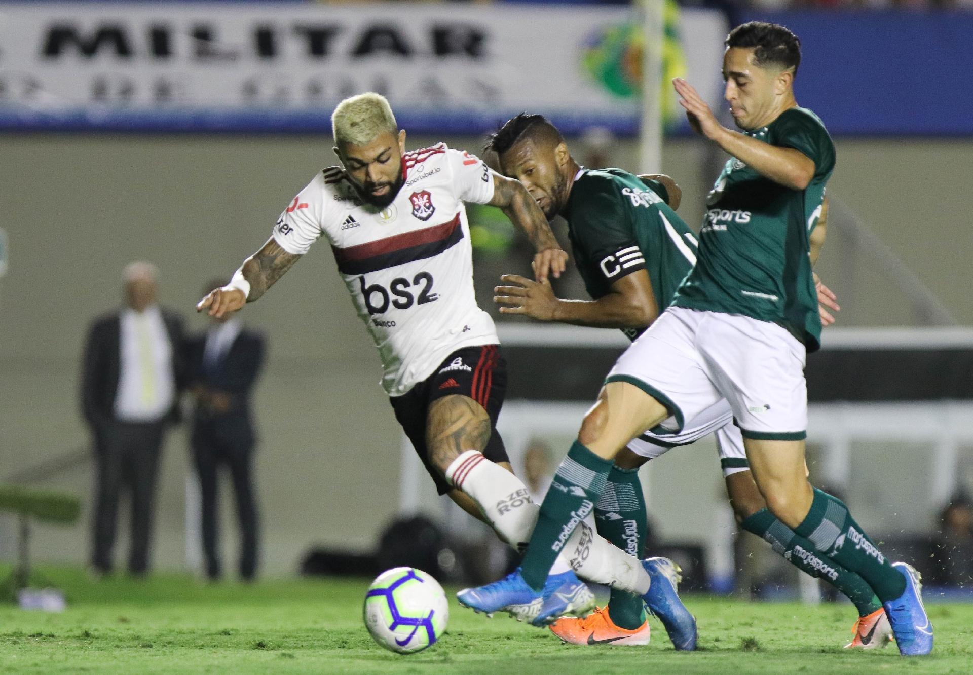 Brasileiro Fla Sofre Empata Com Goias E Ve Vantagem Para O Palmeiras Cair