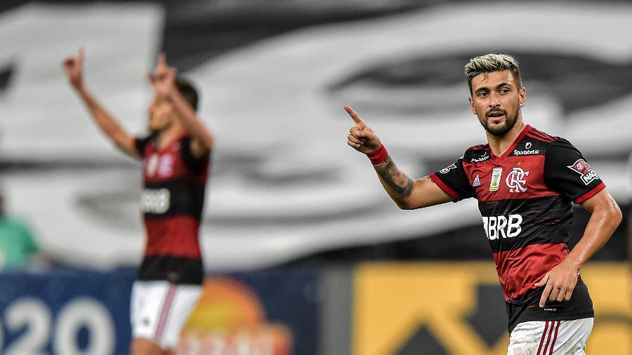 Arrascaeta foi vendido pelo Cruzeiro ao Flamengo no começo de 2019 - Thiago Ribeiro/AGIF