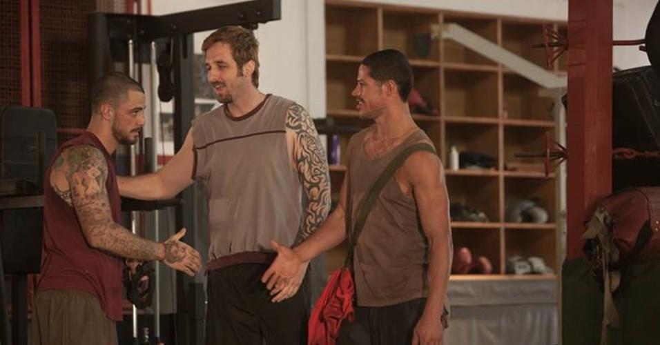 Felipe Tito, Rafinha Bastos e José Loreto, durante as gravações do longa-metragem baseado na vida do lutador José Aldo