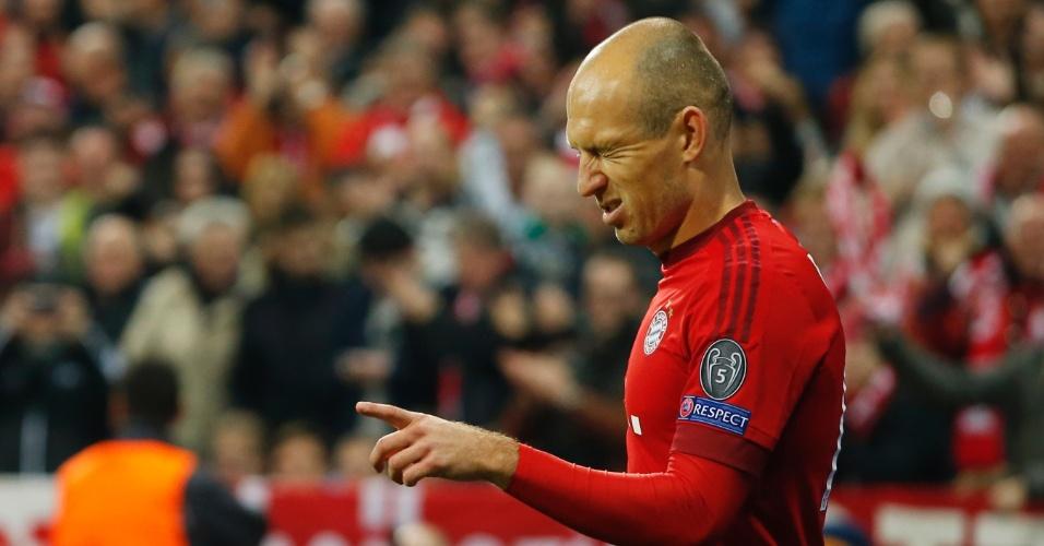Atacante do Bayern, Robben festeja gol marcado contra o Arsenal, na Inglaterra