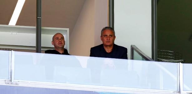 Tite acompanha Grêmio 3 x 0 Corinthians; técnico queria que convocação fosse adiada