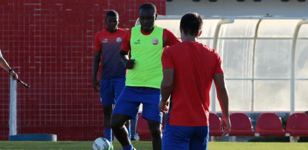 Hugo fez 11 jogos e marcou dois gols com a camisa do Náutico