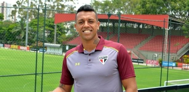 Sidão já veste camisa do São Paulo - Érico Leonan / saopaulofc.net