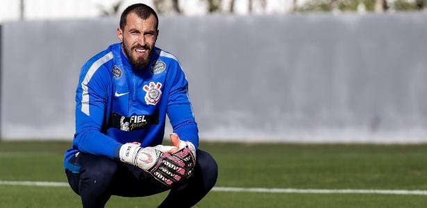 O goleiro Walter disse não estar negociando com o São Paulo