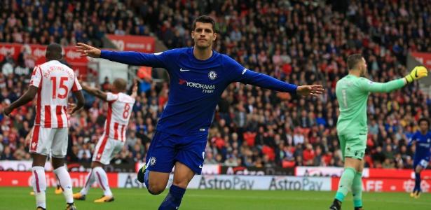Morata comemora após marcar pelo Chelsea contra o Stoke City