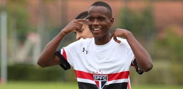Helinho foi chamado para o lugar de Vinicius Jr. para o Mundial Sub-17