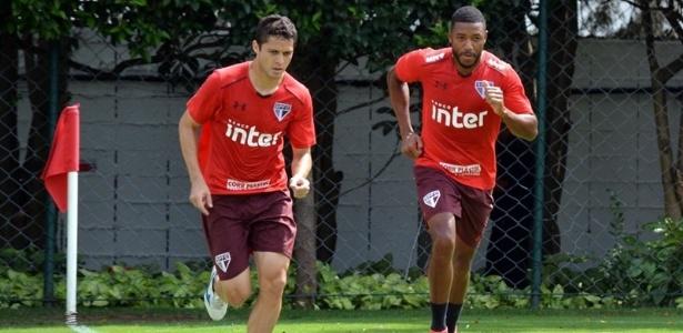 Volante trabalhou ao lado do zagueiro Anderson Martins nesta quarta-feira