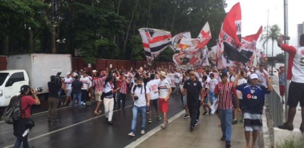 Torcedores começaram festa na Avenida Marquês de São Vicente