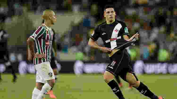 Paulinho comemora gol do Vasco contra o Fluminense - Thiago Ribeiro/AGIF - Thiago Ribeiro/AGIF