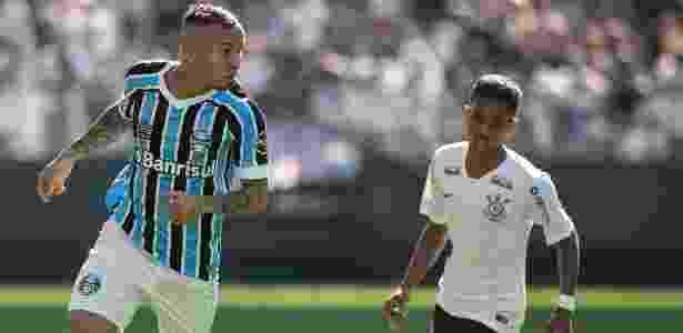 Corinthians vira com reservas e vence amistoso contra o Grêmio ... d4dce4549ffe9