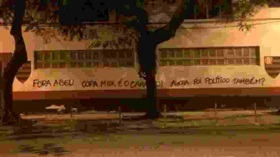 Pichação na Gávea ironiza declaração de dirigente - Reprodução