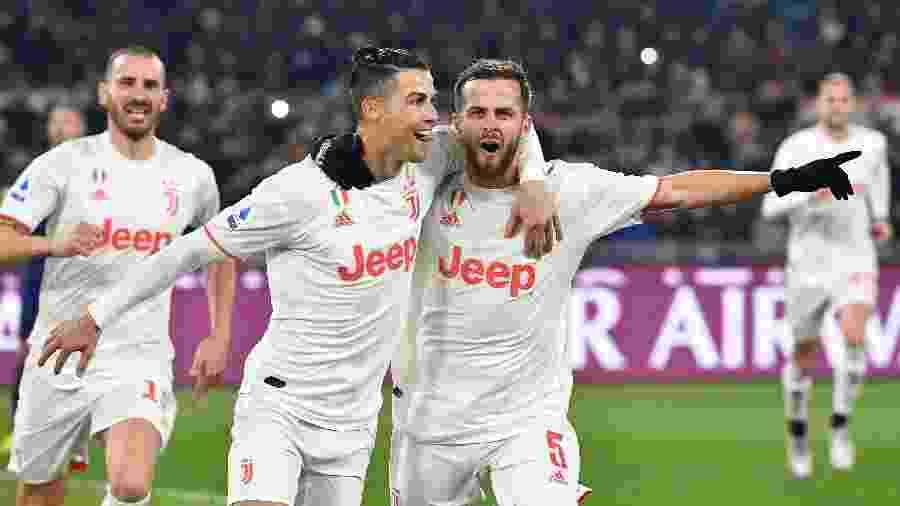 Português e bósnio atuaram juntos com a camisa da Juventus; Pjanic assinou com o Barcelona - Tiziana Fabi/AFP