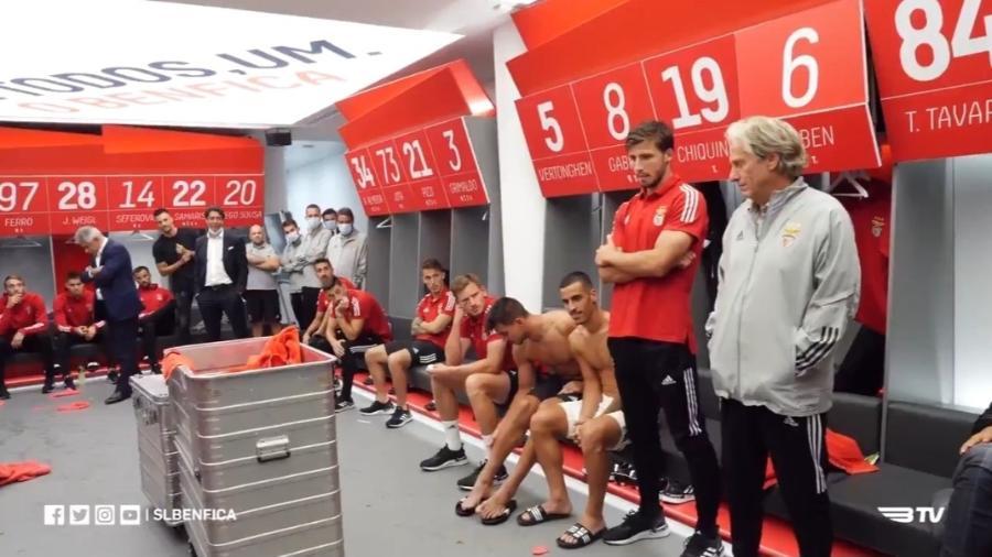 Clube tem final marcada para amanhã e outros três jogos até fevereiro; nomes de infectados não foram revelados - Reprodução/Benfica