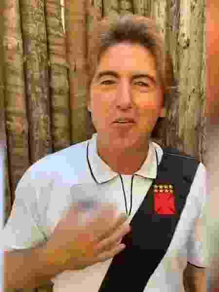 Vestido com a camisa de Romário, Sá Pinto citou frase de 1º hino do Vasco em vídeo para a torcida - Reprodução / Instagram