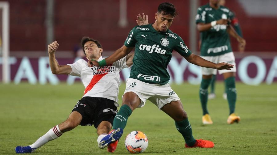 Gabriel Menino durante a vitória do Palmeiras sobre o River Plate - Cesar Greco
