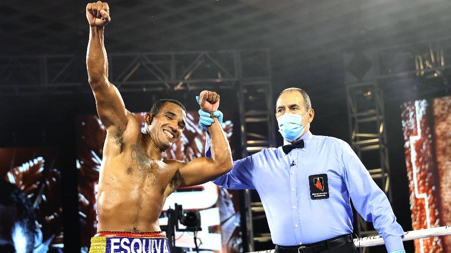 Esquiva Falcão criticou a luta, mas também viu uma oportunidade  - Mikey Williams/Top Rank via Getty Images