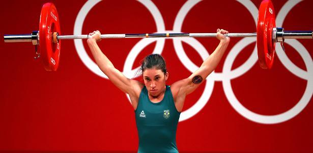 Levantamento de peso: Natasha Rosa fica em 3º no grupo B até 49 kg