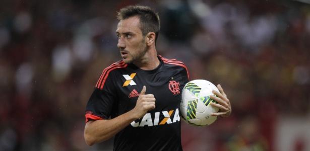 Frederico Mancuello já estreou pelo Flamengo e chegou a negociar com o Atlético-MG