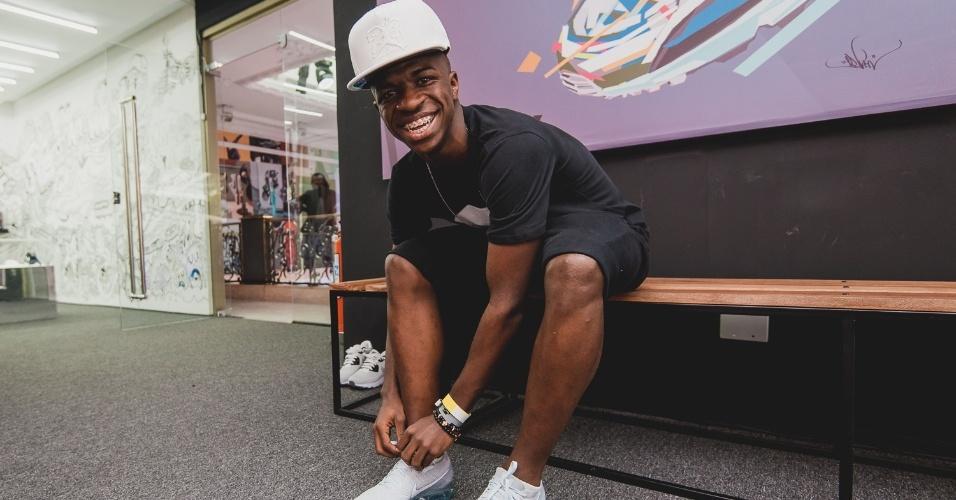Vinicius Júnior é aposta da fornecedora de material esportivo para inspirar jovens espalhados pelo país