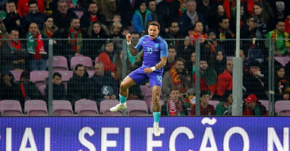 Memphis Depay celebra seu gol pela Holanda contra Portugal