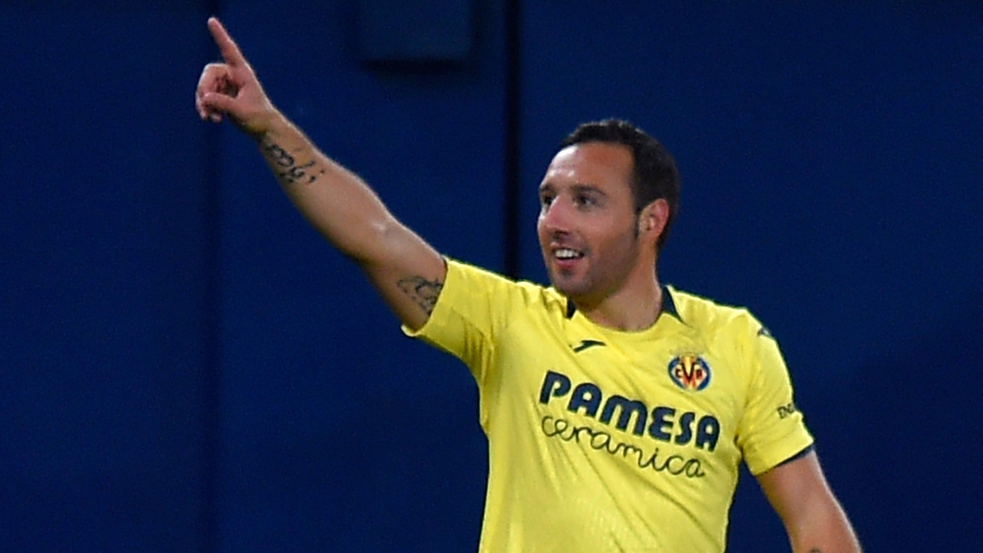 Cazorla comemora gol pelo Villarreal contra o Real Madrid