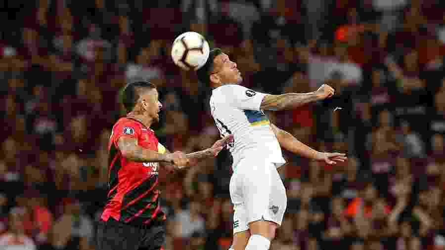 Lucho González foi vetado pelo DM e não encara o Jorge Wilstermann - EFE/Hedeson Alves