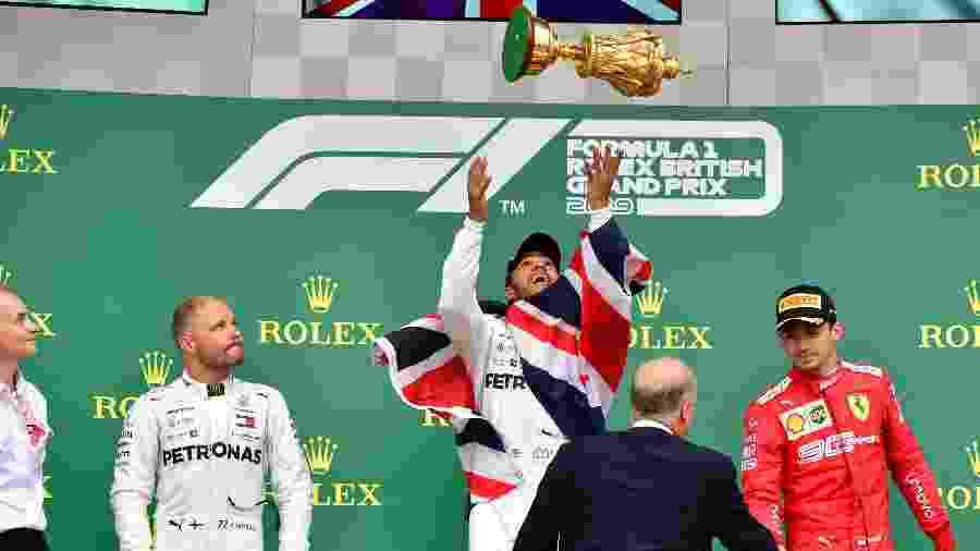Pódio do GP da Grã Bretanha foi formado por Hamilton, Bottas e Leclerc - Andrej Isakovic/AFP