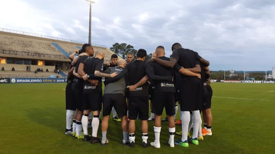 Jogadores do Figueirense sofreram com atrasos de salários ao longo da Série B - Divulgação