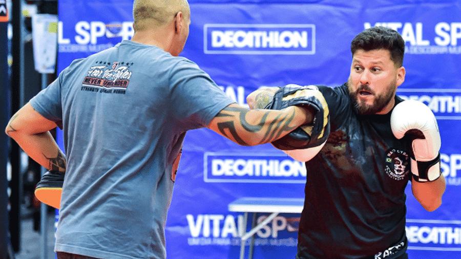 Rodrigo Silva fez um treino aberto antes de sua luta no Nação Cyborg  - Jason Silva/PXImages