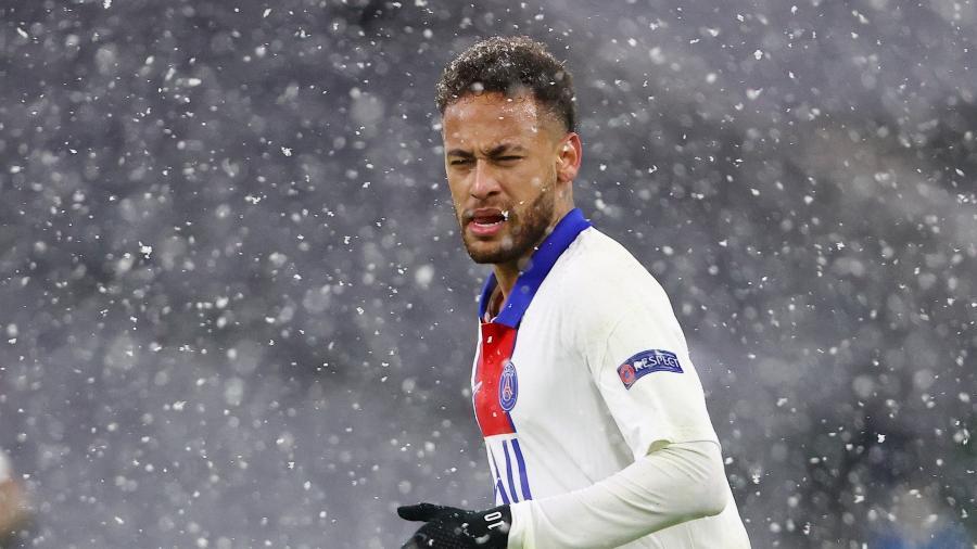 Neymar durante PSG x Bayern de Munique pela Champions League - REUTERS/Kai Pfaffenbach