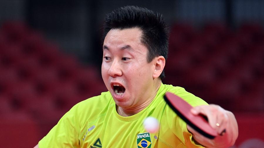 Gustavo Tsuboi durante partida nas Olimpíadas de Tóquio - JUNG Yeon-je / AFP
