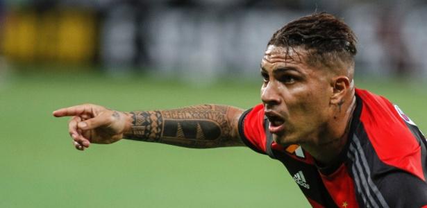 Guerrero defende o Flamengo na Primeira Liga: decepção em campo com eliminações