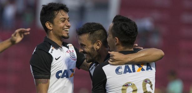 Corinthians negocia com o Cruzeiro a compra de parte dos direitos de Lucca (à esquerda) - Daniel Augusto Jr/Agência Corinthians