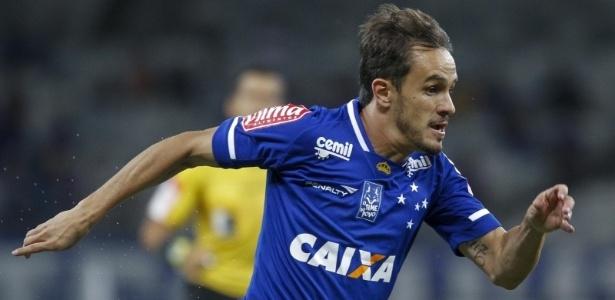 Lateral direito Lucas avaliza partida do Cruzeiro diante do Londrina
