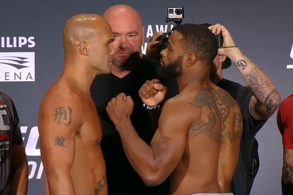 Lawler e Woodley se encaram antes do UFC 201