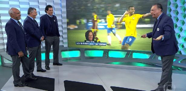 Galvão Bueno e comentaristas da Globo na transmissão de Brasil x Venezuela - Reprodução