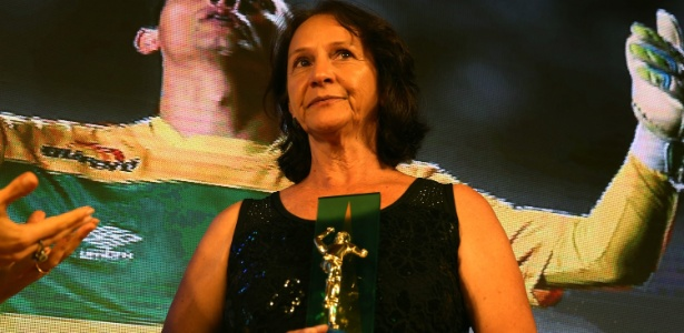 Ilaídes Padilha, mãe do goleiro Danilo, conquistou o Brasil com sua força