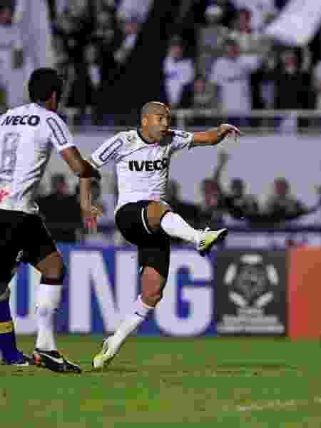 Emerson Sheik, durante final da Libertadores de 2012 contra o Boca Juniors - Leandro Moraes/UOL