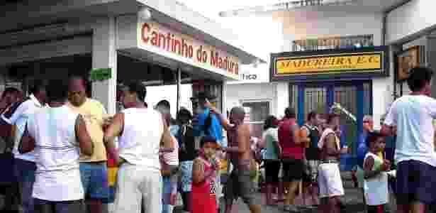 Lanchonetes ao estilo povão atendem os torcedores dentro do estádio - Divulgação / Madureira E.C. - Divulgação / Madureira E.C.