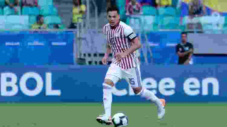 Zagueiro e capitão da seleção paraguaia teve atuação segura e chegou a ser centroavante no fim - Divulgação