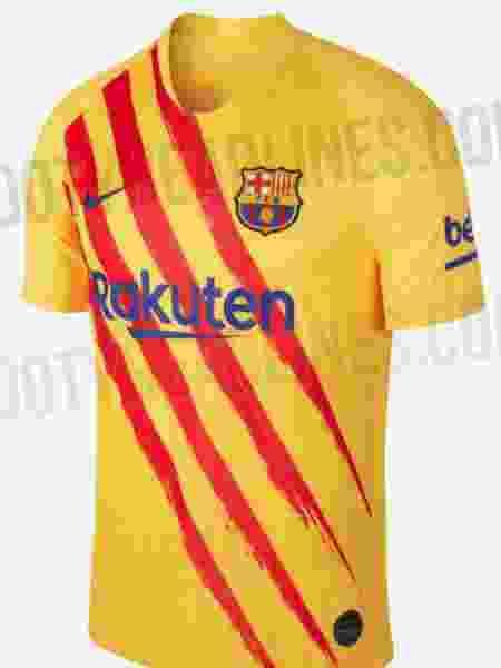 Camisa seria o quarto modelo usado pelo clubes na temporada 2019/2020; opção seria adotada em poucos jogos - Footy Headlines/Reprodução