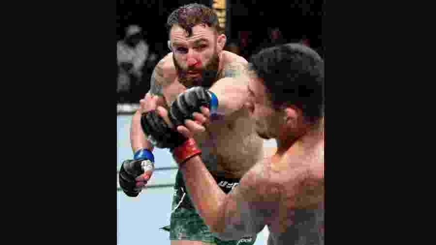 Michael Chiesa venceu Rafael dos Anjos no UFC Raleigh - Divulgação/Instagram UFC