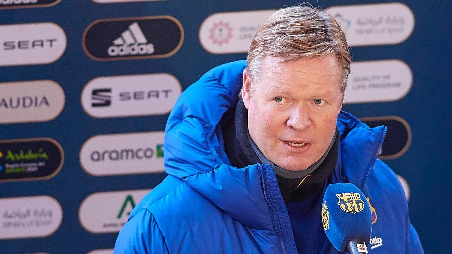 Ronald Koeman em entrevista coletiva do Barcelona - Fran Santiago/Getty Images