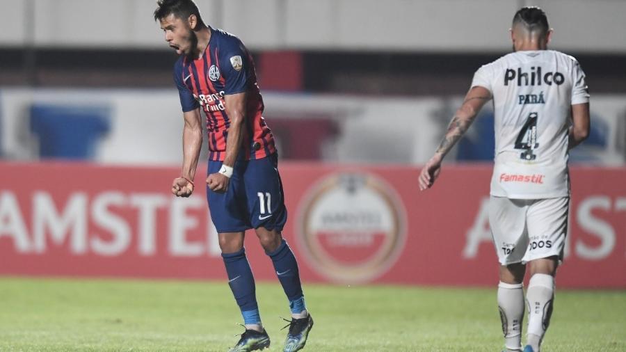 Romero comemora gol contra o Santos - Divulgação San Lorenzo