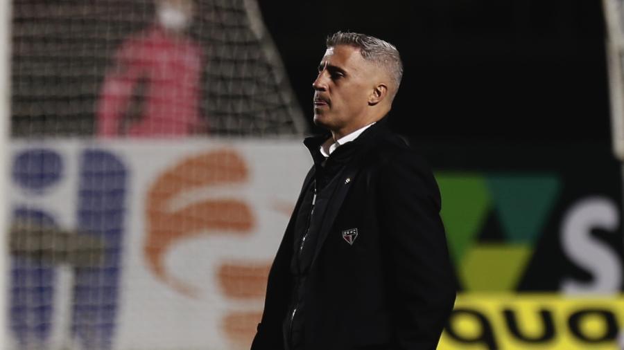 Hernán Crespo, técnico do São Paulo, durante a partida contra o Cuiabá - Ettore Chiereguini/AGIF
