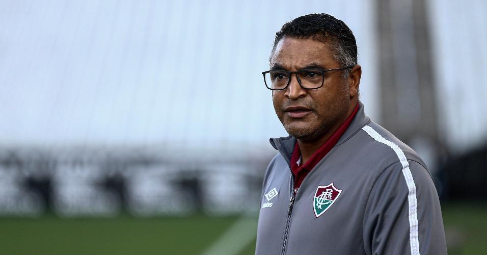 Roger Machado, técnico do Fluminense, durante a partida contra o Flamengo