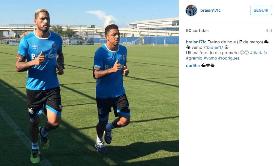 Fã clube de Braian Rodríguez publica foto do novo visual loiro do jogador