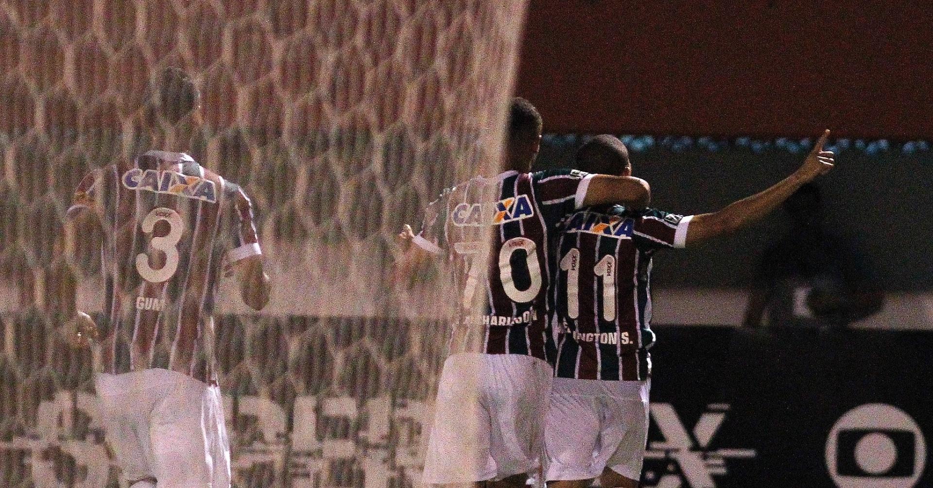 Wellington comemora gol do Fluminense contra o São Paulo