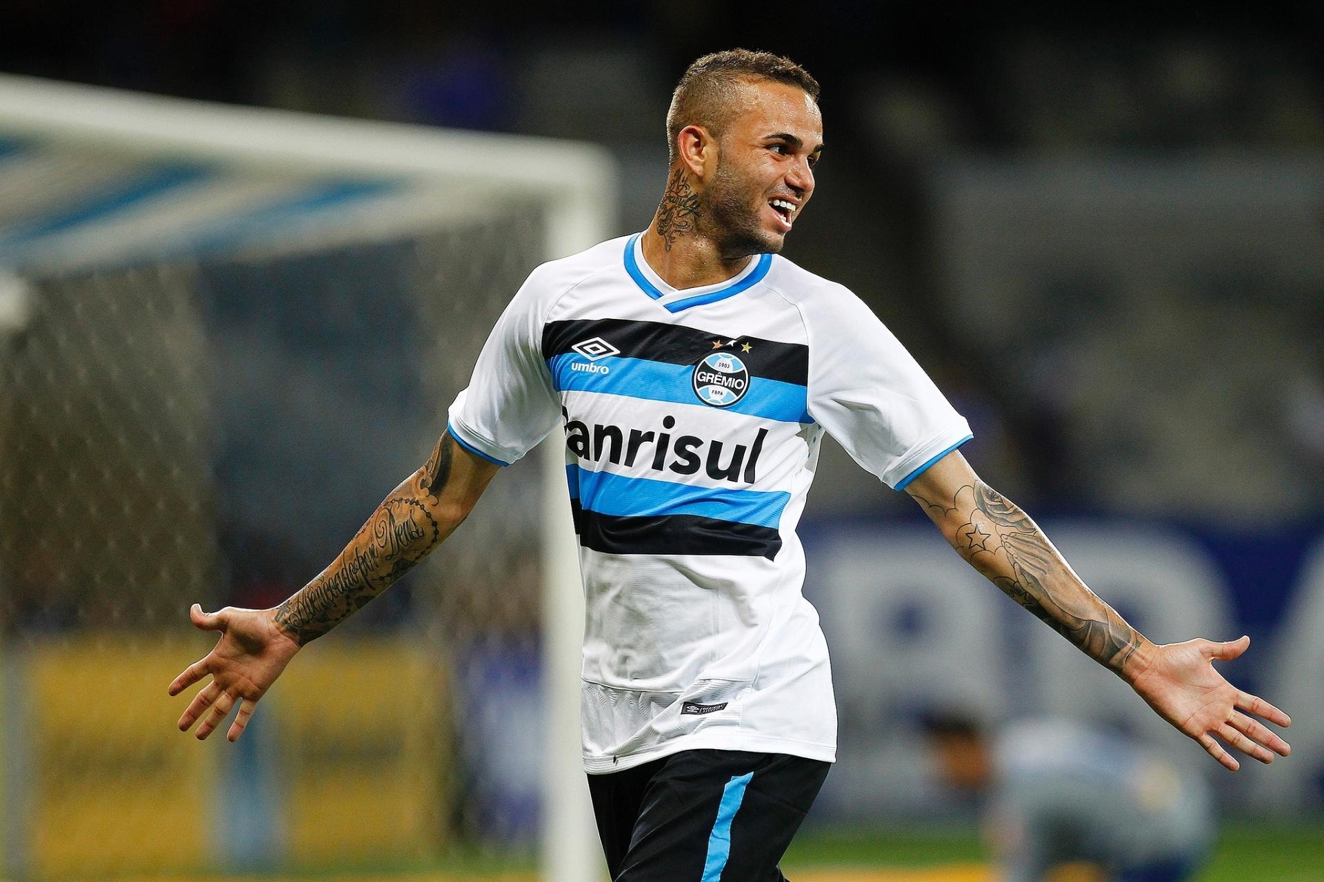 53940fd32b Luan não vê golaço no Puskas e considera Grêmio pronto para quebrar jejum -  02 11 2016 - UOL Esporte