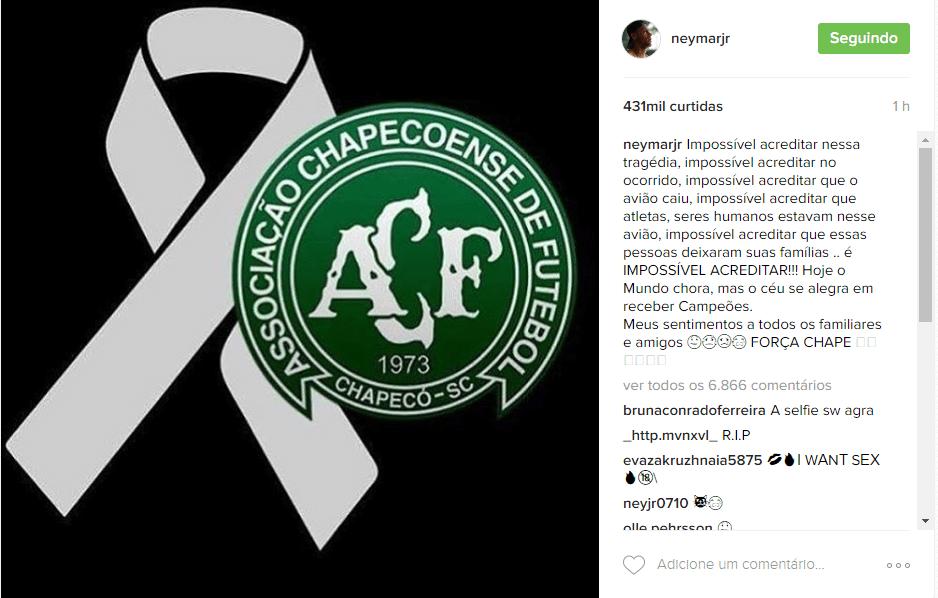 a6830a44f Atletas e clubes de todo o mundo lamentam acidente com avião da Chapecoense  - 29 11 2016 - UOL Esporte